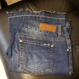 🔥🔥SEVEN 7 Distressed Jean's size 14